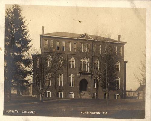 Students Hall